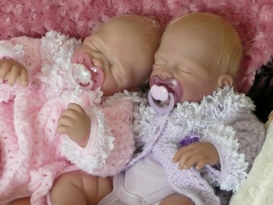 Rose et Violette , kits de Romie STRYDOM